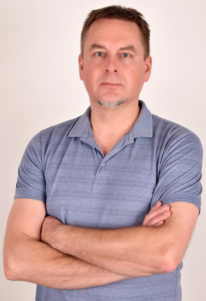 Zygmunt Łukasz Borkowski - Rehabilitacja i fizykoterapia w Centrum Osteopatii i Rehabilitacji Alternativa