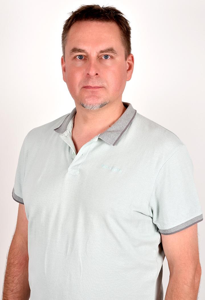 Zygmunt Łukasz Borkowski - dyplomowany osteopata -Rehabilitacja i fizykoterapia w Centrum Osteopatii i Rehabilitacji Alternativa